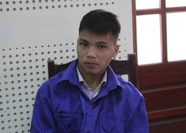 Cụt Văn Pá tại phiên tòa.