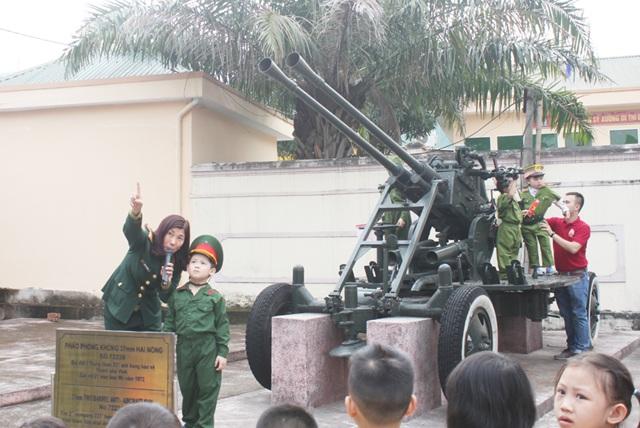 Được đóng vai các pháo thủ bảo vệ bầu trời quê hương