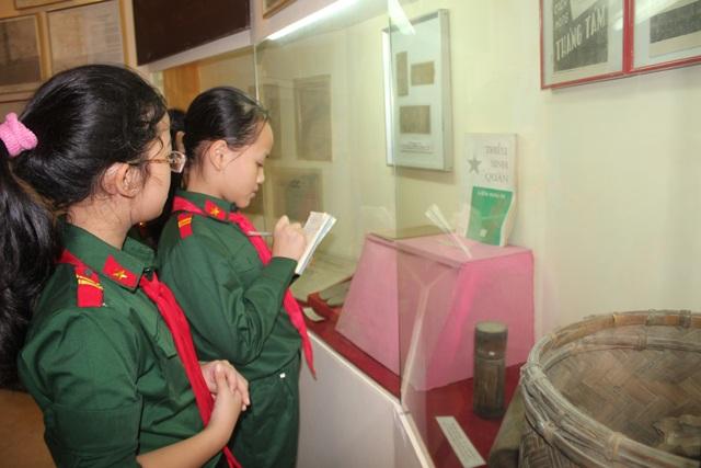 Háo hức học lịch sử ở Bảo tàng Quân đội - 8