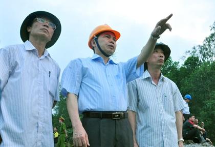 Xem xét khởi tố vụ sạt lở tại mỏ than Phấn Mễ