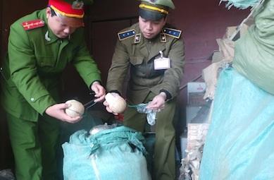 Pháo Lựu đạn lậu được Trạm Dốc Quýt phát hiện thu giữ dịp cuối năm