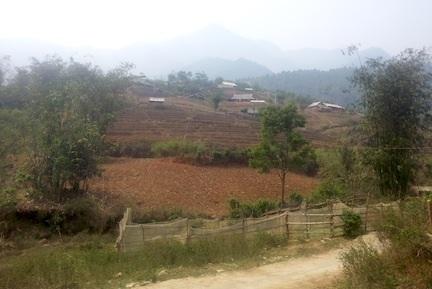 Bản nghèo Chu Va sau vụ lật cầu thương tâm