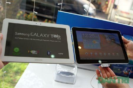 """Đập hộp Galaxy Tab 10.1 """"độc"""" tại Việt Nam - 11"""