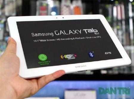 """Đập hộp Galaxy Tab 10.1 """"độc"""" tại Việt Nam - 5"""