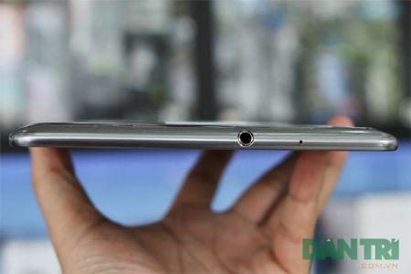 Đập hộp Galaxy Tab 7.7 chính hãng giá 15,5 triệu đồng - 8