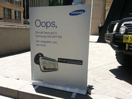 Chiến dịch marketing mới của Samsung tấn công lỗi ngớ ngẩn của Apple Maps.