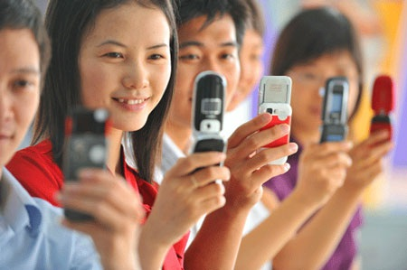 Thị trường viễn thông di động 2013: Luật chơi độc quyền?