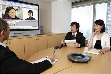 Họp trực tuyến sẽ giúp doanh nghiệp tiết kiệm nhiều chi phí.
