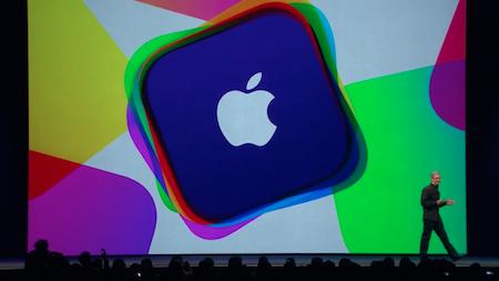 Sân khấu chính xuất hiện banner đầy màu sắc như một ngụ ý về một nền tảng thế hệ mới của iOS.