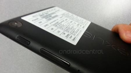 Nexus 7 mới sẽ được trang bị 2 camera, và hỗ trợ sạc pin không dây.