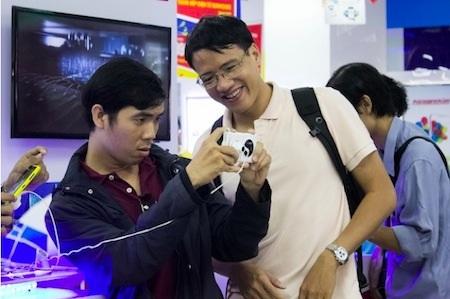 """Mải mê """"vọc"""" những tính năng camera của Lumia 1020"""