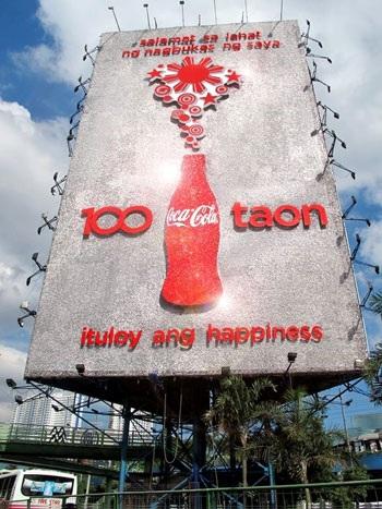 Billboard Coca-Cola – Khi nghệ thuật song hành cùng quảng cáo