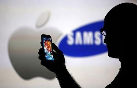 Apple và Samsung tiếp tục đối đầu trong vụ kiện mới.