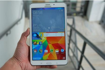 """Màn hình sắc nét, độ sáng cao là ưu điểm trên Galaxy Tab 4 8.0"""""""