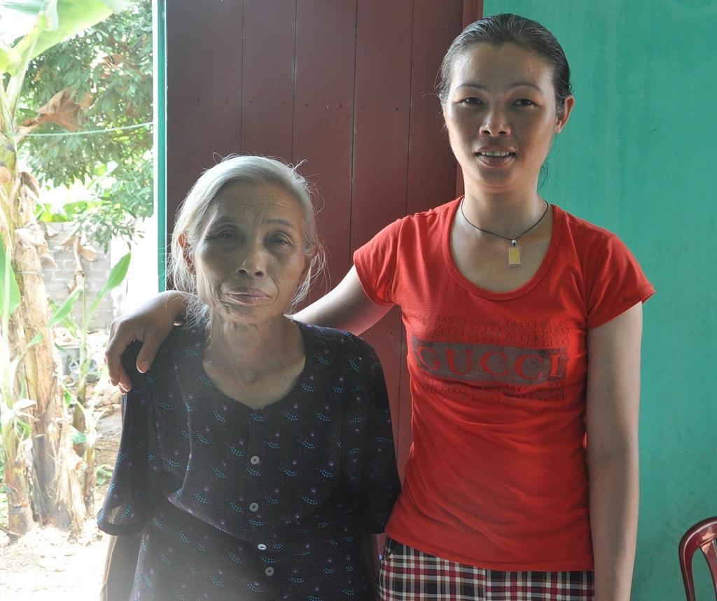 Hai mẹ con bà Sự rồi đây sẽ hạnh phúc...