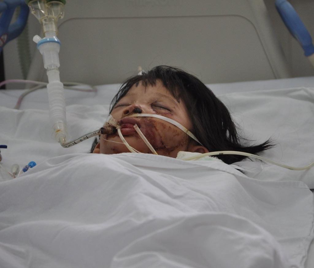 Phương Anh hiện đang cấp cứu tại bệnh viện Việt Đức.