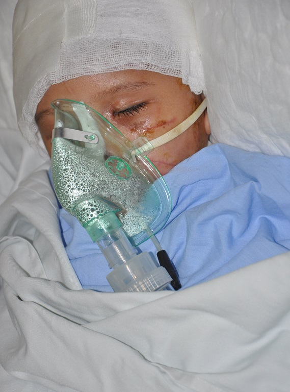 Tình trạng của Phương Anh đã khá hơn và được chuyển sang bệnh viện Xanh Pôn để điều trị tiếp.