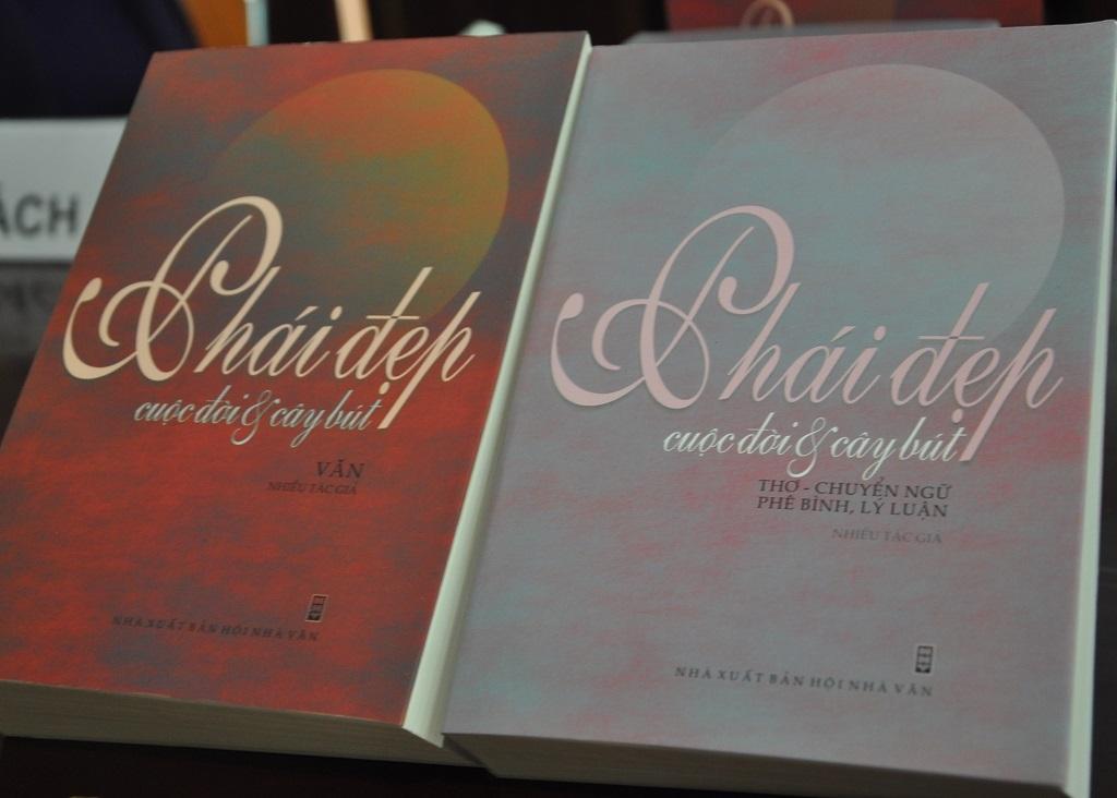 2 cuốn Văn - Thơ của : Phái đẹp, cuộc đời & cây bút.