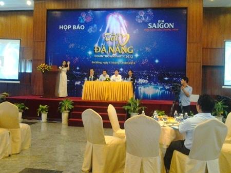 Ban tổ chức họp báo giới thiệu lễ hội