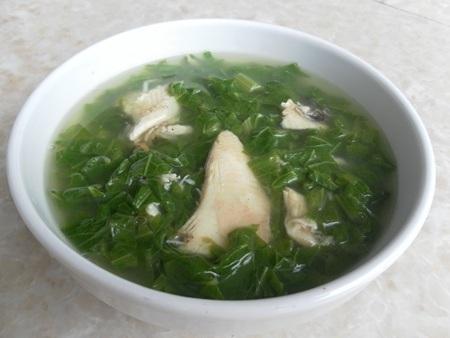Canh cá lóc rau cải