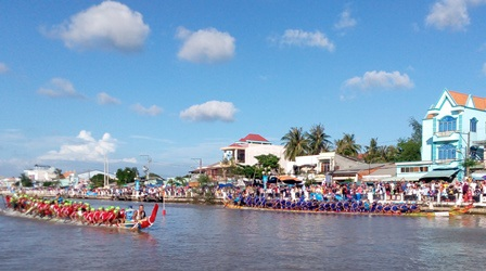 Độc đáo lễ hội đua ghe ngo của đồng bào Khmer - 1