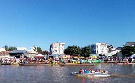 Độc đáo lễ hội đua ghe ngo của đồng bào Khmer - 2