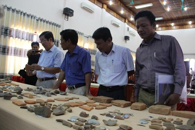 Phát hiện nhiều hiện vật từ cuộc khai quật khảo cổ dinh chúa Nguyễn - Ảnh 1.