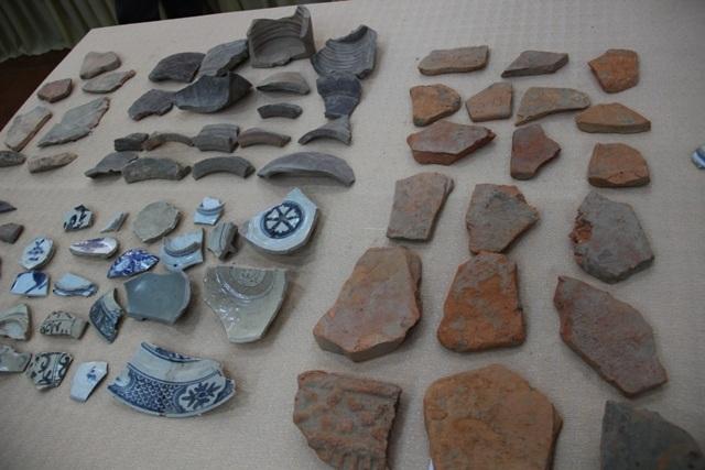 Phát hiện nhiều hiện vật từ cuộc khai quật khảo cổ dinh chúa Nguyễn - Ảnh 2.