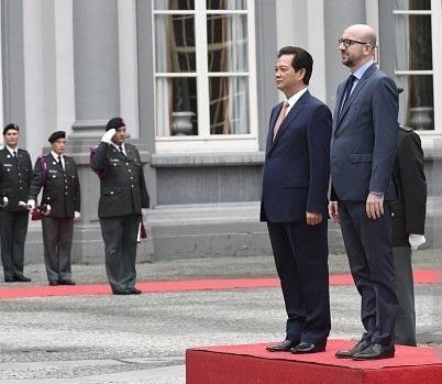 Thủ tướng Chính phủ Nguyễn Tấn Dũng là quốc khách đầu tiên của tân Thủ tướng Bỉ Charles Michel
