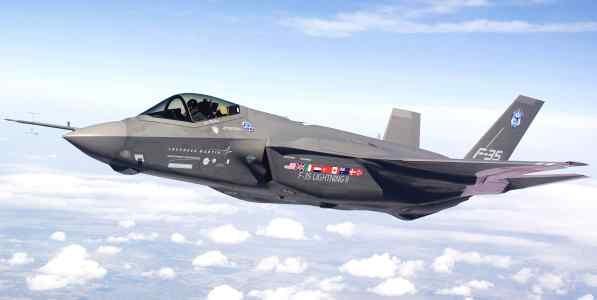 Chiến đấu tàng hình F-35.