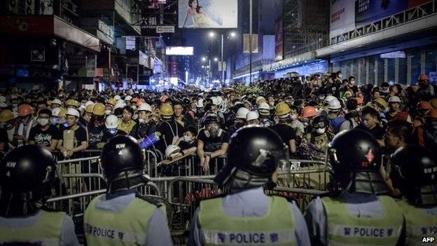 Cảnh sát và người biểu tình đã xô xát trong các cuộc đối đầu căng thẳng trong những ngày gần đây.