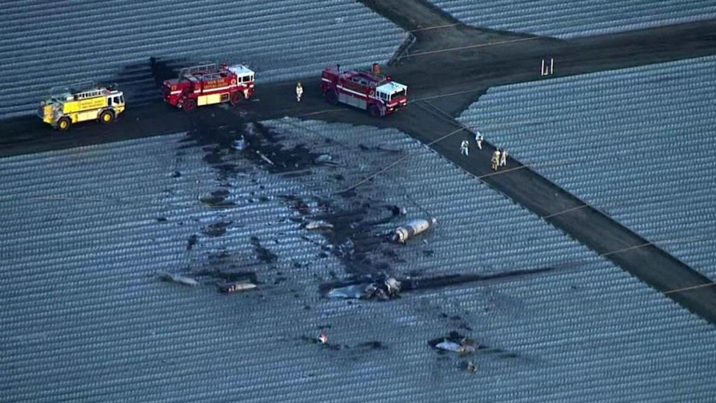 Hiện trường vụ tai nạn máy bay tại California.
