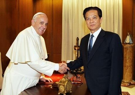 Thủ tướng Nguyễn Tấn Dũng hội kiến Giáo hoàng Francis.