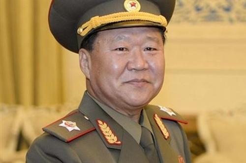 Ông Choe Ryong Hae.
