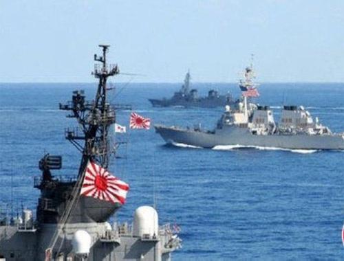 Nhật Bản lần đầu tập trận chung với Mỹ và Úc
