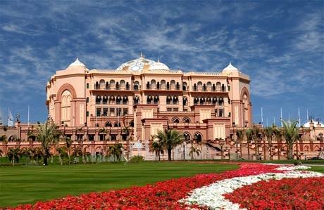 Khách sạn Emirates Palace- kiệt tác thể hiện văn hóa Ảrập nổi tiếng của UAE