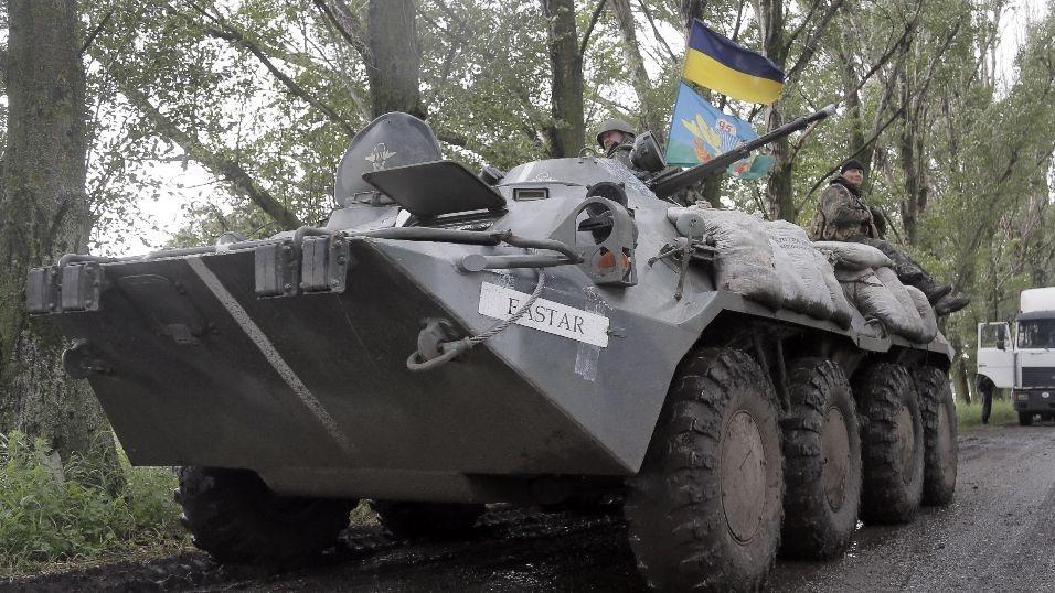 Các bên ở Ukraine sẽ bắt đầu rút vũ khí hạng năng từ ngày 10/12 tới.
