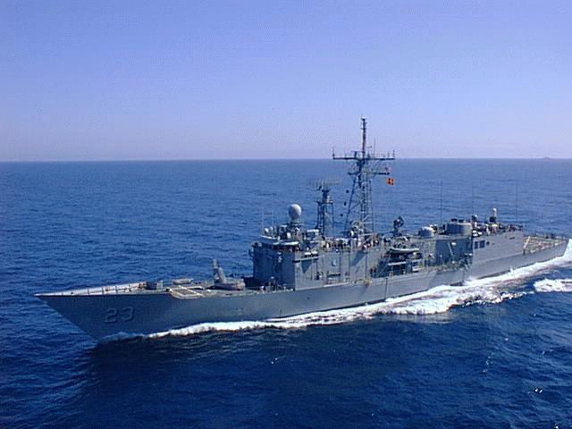 Chiếm hạm lớp Perry của Mỹ.