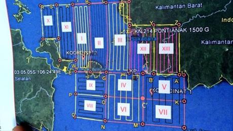 Bản đồphân chia 13 khu vực tìm kiếm trong ngày 30/12.