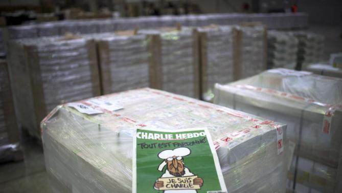Tạp chí Charlie Hebdo ngày 14/ đã chính thức phát hành ấn bản mới. (Ảnh: