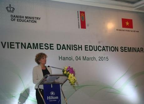 Bộ trưởng Giáo dục Đan Mạch Christine Antorini khi mạc Diễn đàn giáo dục Việt Nam-Đan Mạch