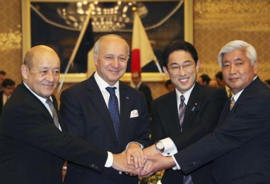 Các bộ trưởng ngoại giao và quốc phòng Pháp, Nhật trong cuộc họp ở Tokyo ngày 13/3. (Ảnh:
