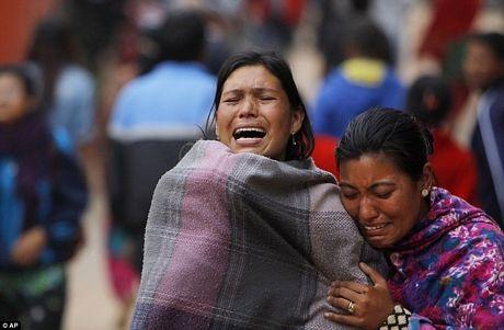 Người dân Nepal đang gồng mình đối phó với hậu quả của động đất