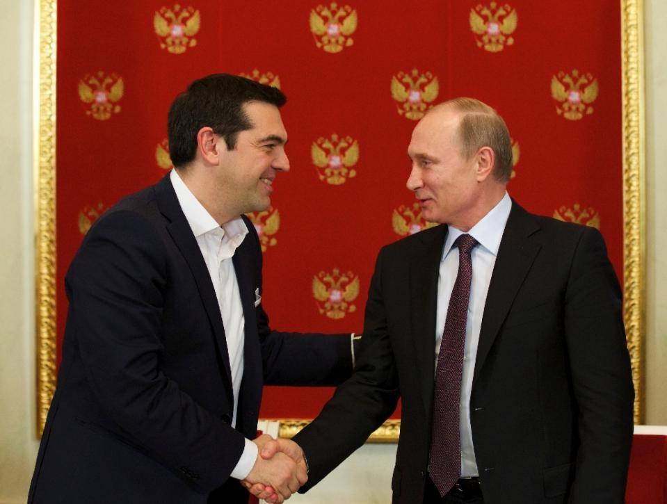 Thủ tướng Tspiras và Tổng thống Putin (Ảnh: AFP)