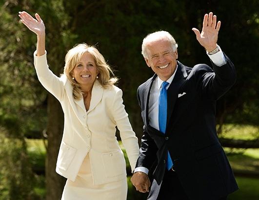Bà Jill Biden và chồng, Phó tổng thống Joe Biden (Ảnh: