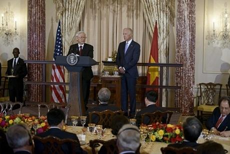 Chuyến thăm diễn ra đúng dịp kỷ niệm 20 năm bình thường hóa quan hệ hai nước.