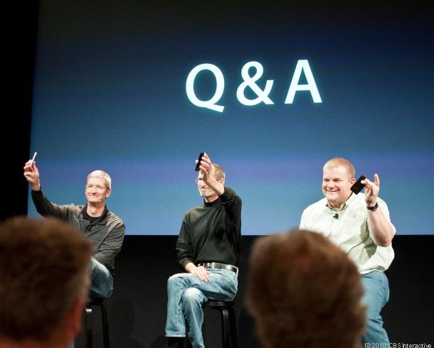 Steve Jobs và Tim Cook cùng có mặt trong một sự kiện Q/A của Apple từ năm 2010