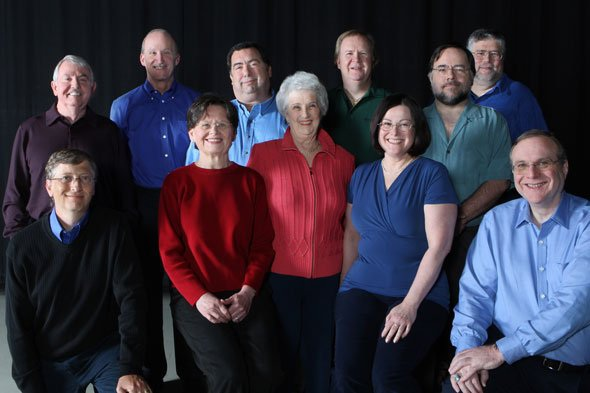 """Nhìn lại những người trong bức ảnh """"11 thành viên của Microsoft năm 1978"""" xưa và nay - 13"""
