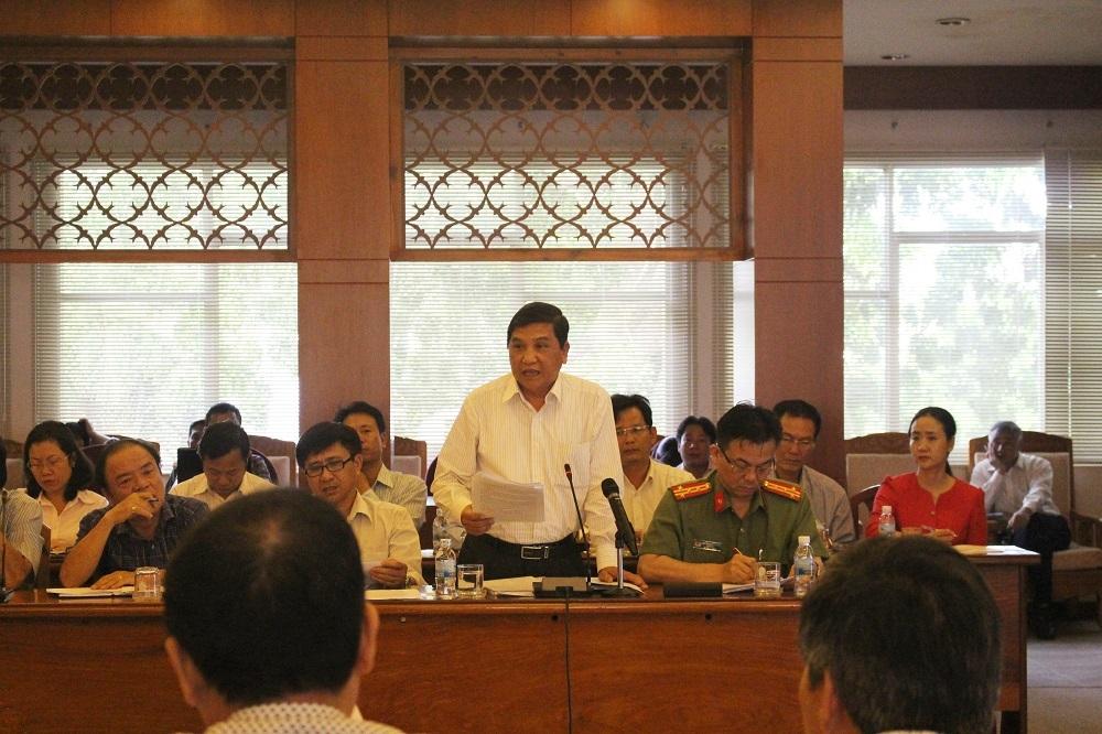 Chủ tịch TP Nha Trang - ông Nguyễn Văn Danh muốn tái định cư cho 10 hộ dân có nhà bị vùi lấp sau vụ lở núi ở Nha Trang