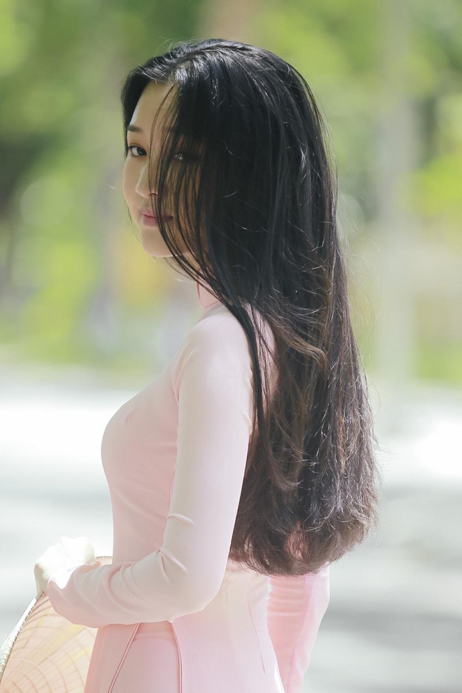 Nhan sắc nàng thơ xứ Huế vào chung kết Hoa hậu Việt Nam - Ảnh 6.